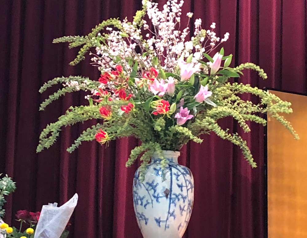 吹田市紅葉山会館の生花部活動1
